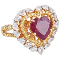 18 Karat Gold Ruby Yellow Diamond White Diamond Cocktail Ring