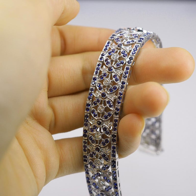 Round Cut 18 Karat Gold Sapphire and Diamond Bracelet For Sale