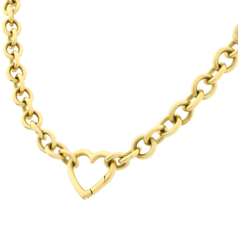Tiffany's link necklace in yellow gold with circular links and a heart-shaped clasp.