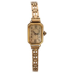 18 Karat Gold Vintage 1930s Ladies Mechanical Watch