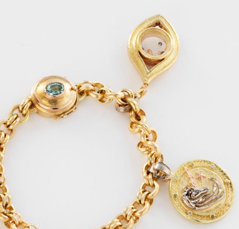 18 Karat Handmade Link Chain Charm Set Bracelet For Sale 1
