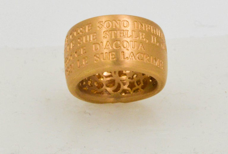 Modern 18 Karat Italian Yellow Gold French Quote with Heart Ring For Sale