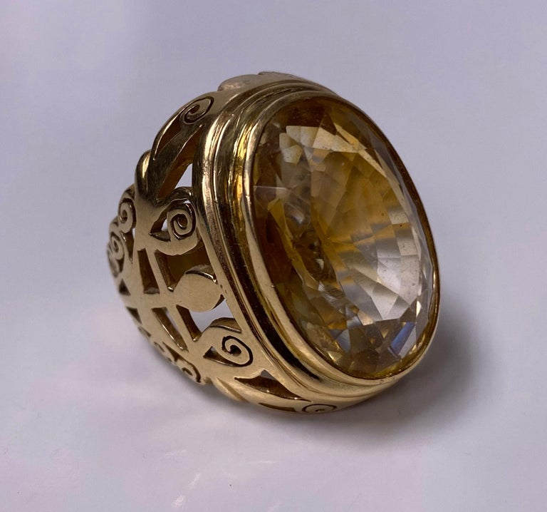 18 Karat Large Citrine Ring, circa 1950 For Sale 1