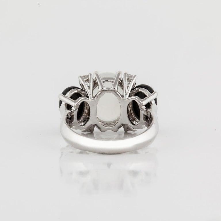 Women's or Men's 18 Karat Moonstone Onyx Diamond Ring For Sale