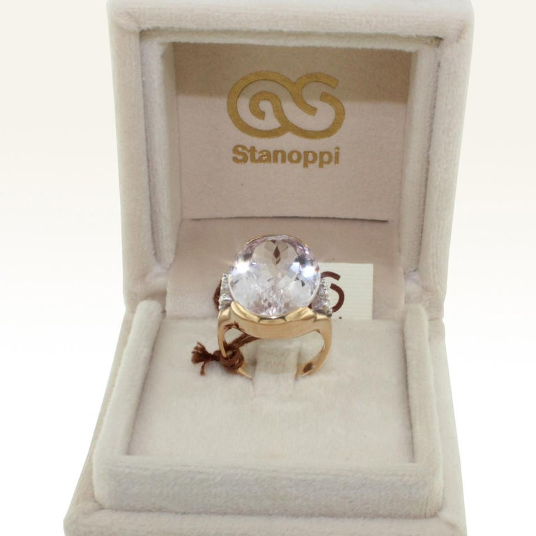 18 Karat Rose and White Gold with Kunzite and White Diamond Ring In New Condition For Sale In  GALLARATE, IT
