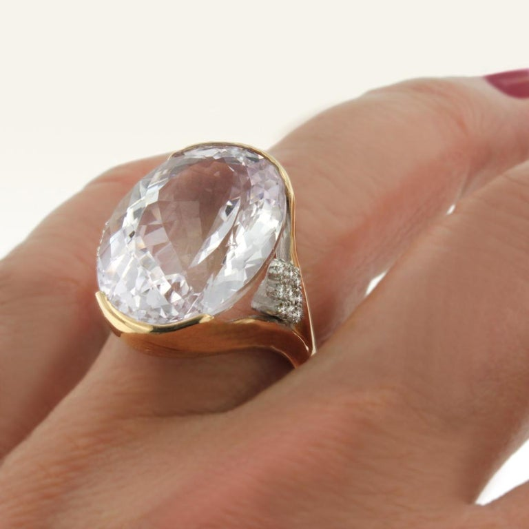 18 Karat Rose and White Gold with Kunzite and White Diamond Ring For Sale 1