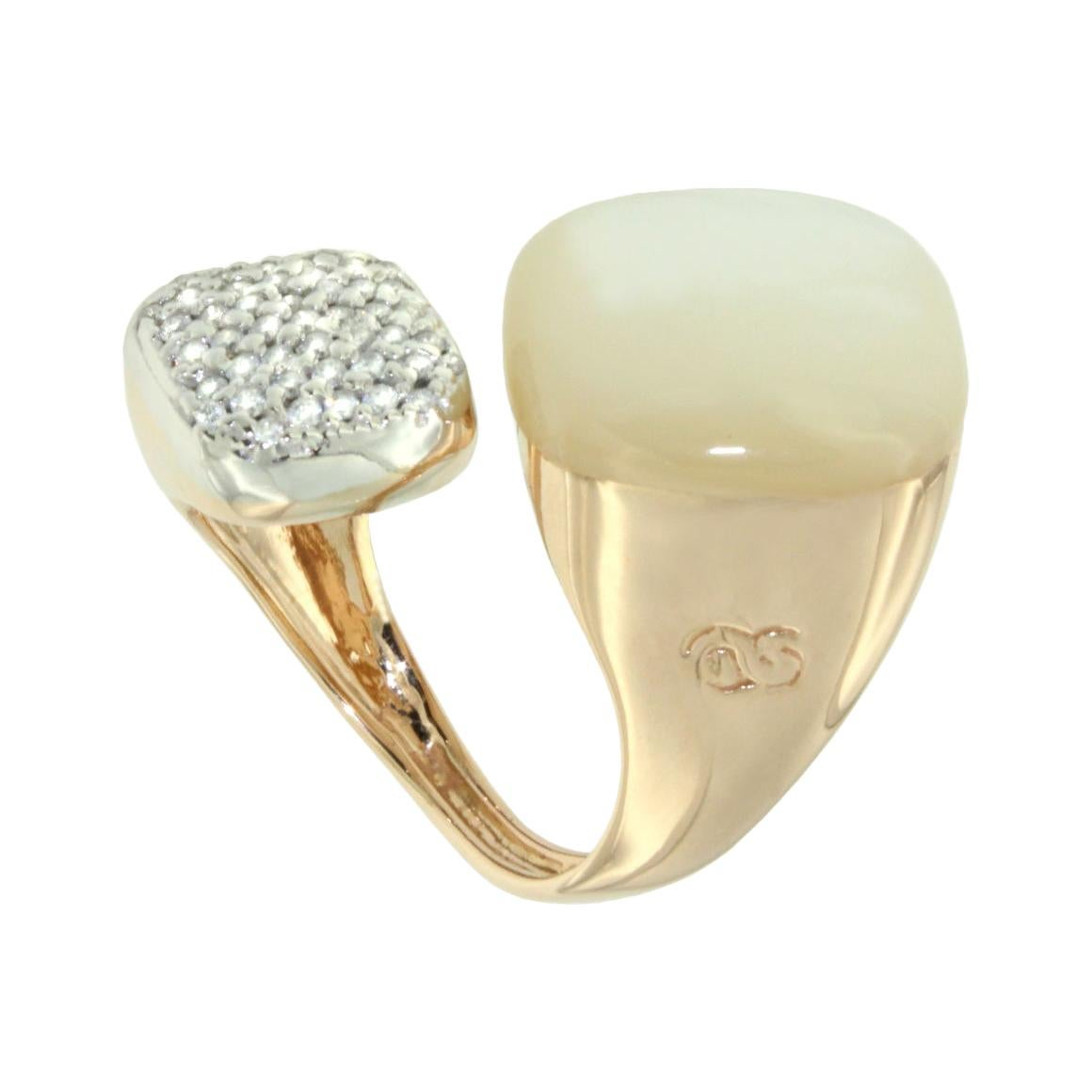 18k Rose and White Gold with Mother of Pearl and White Diamonds Ring