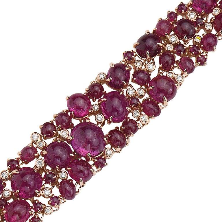 Round Cut 18 Karat Rose Gold Cabochon Ruby and Diamond Bracelet For Sale
