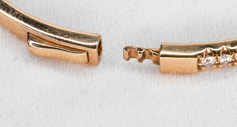 18 Karat Rose Gold Diamond Clamper Bangle Bracelet with Diamonds In New Condition For Sale In Palm Beach, FL