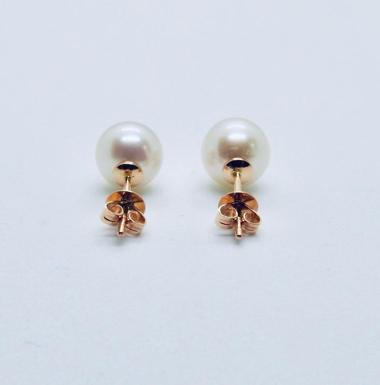 SÉLÉNÉ :18K Rose gold, topazes and pearls pair of stud earrings by Frederique Berman. Bearing the name of luminous and beautiful Greek goddess of full moon, the Séléné pearl stud earrings are the best makeup : they bring a drop of light on each side