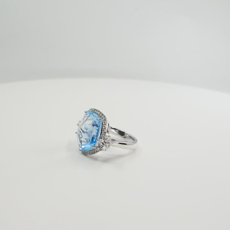 18K Rough Star Cut Baby Blue Topaz Diamond Cocktail Ring, Powder Blue, Statement For Sale 4