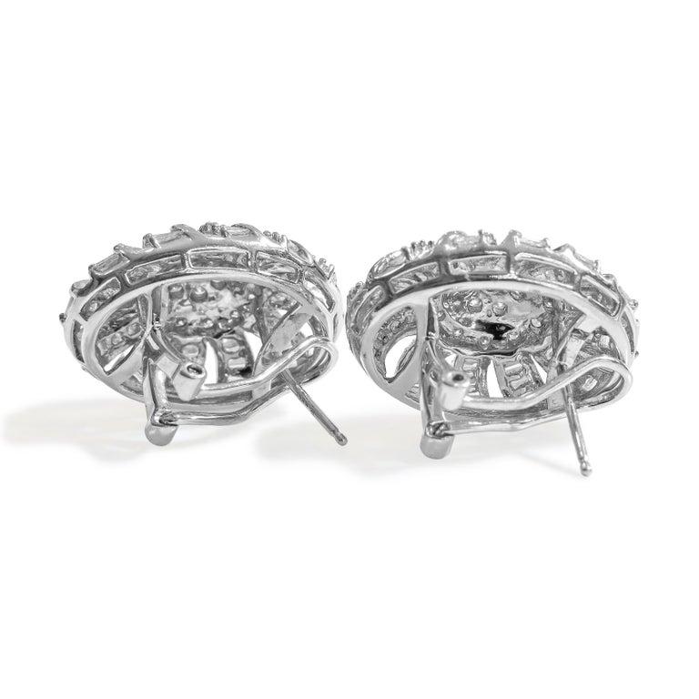 Art Deco 18 Karat Vintage Diamond Set Earring and Ring For Sale