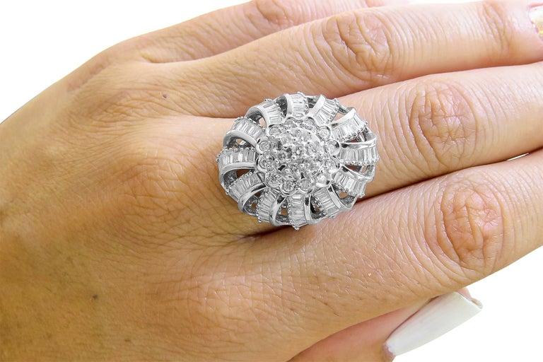 18 Karat Vintage Diamond Set Earring and Ring For Sale 1