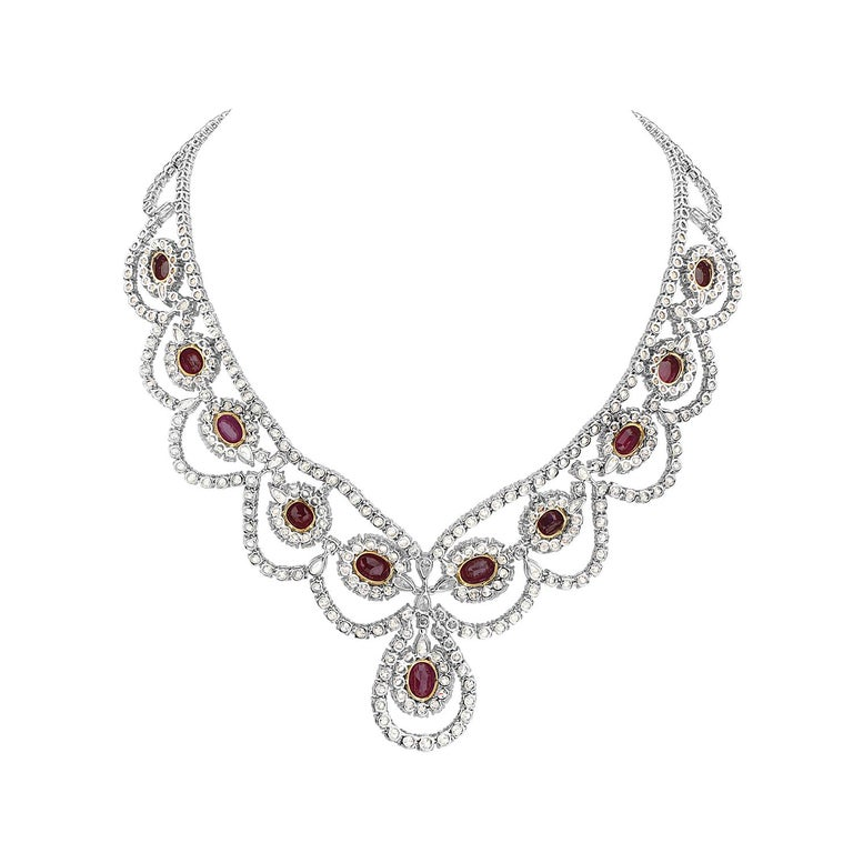 18 Karat White and Yellow Gold Diamond and Ruby Necklace In New Condition For Sale In New York, NY