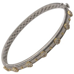 18K White and Yellow Gold Diamonds Bangle Link Bracelet in Florentine Finish