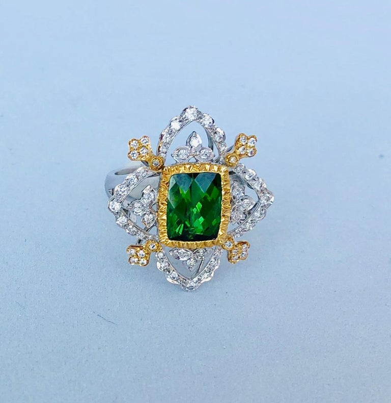 18K White and Yellow Gold Green Natural Tourmaline with Diamonds Cocktail Ring For Sale 2