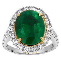 18k White and Yellow Gold Oval Green Emerald Diamond Ring 'Center 5.60 carat.'