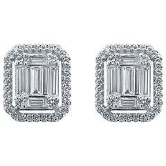 18 Karat White Gold 0.92 Carat Diamond Emerald Cluster Earrings
