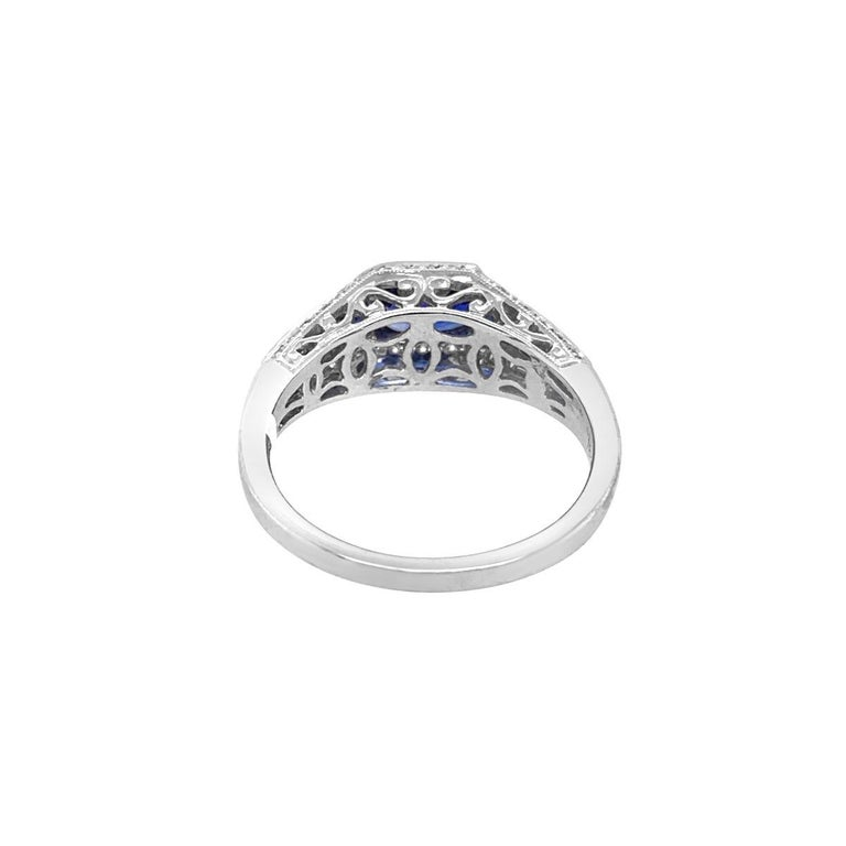 18 Karat White Gold 1.50 Carat Sapphire and Diamond Ring In New Condition For Sale In New York, NY
