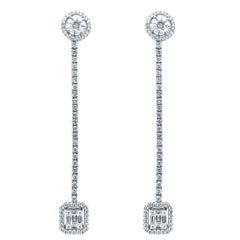 18 Karat White Gold 2.72 Carat Diamond Dangle Earrings