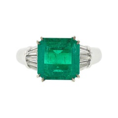 18k White Gold 4.92ctw AGL Emerald Solitaire & Baguette Diamond Dome Accent Ring