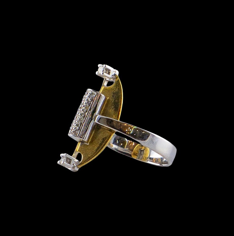 18 Karat White Gold an Yellow Gold Ring with 10 Diamonds In Good Condition For Sale In Porto, PT