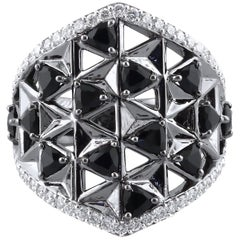 18K White Gold and 1.12 cts Black, 0.62 cts White Diamonds Shield Ring by Alessa