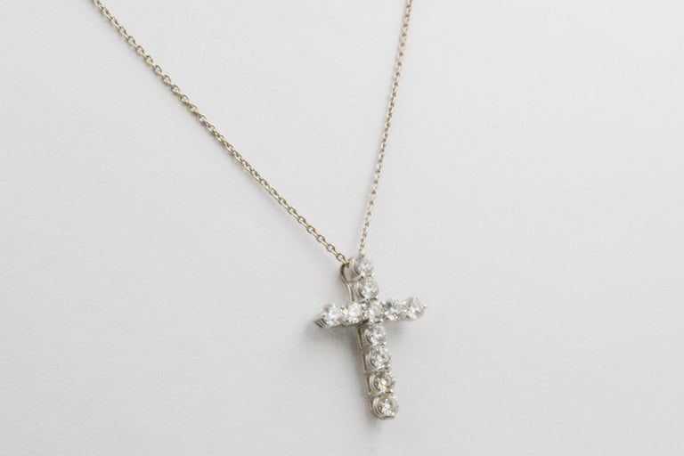 Round Cut 18 Karat White Gold and Diamond Cross Pendant For Sale