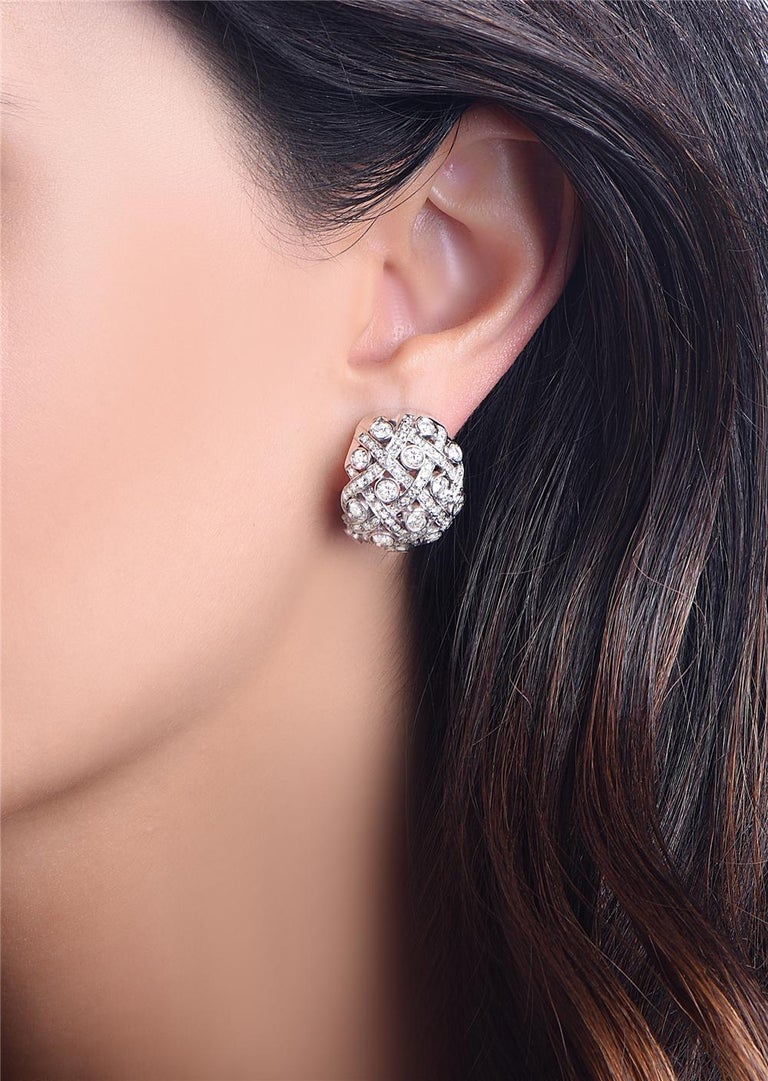 Round Cut 18 Karat White Gold and Diamond Earrings For Sale
