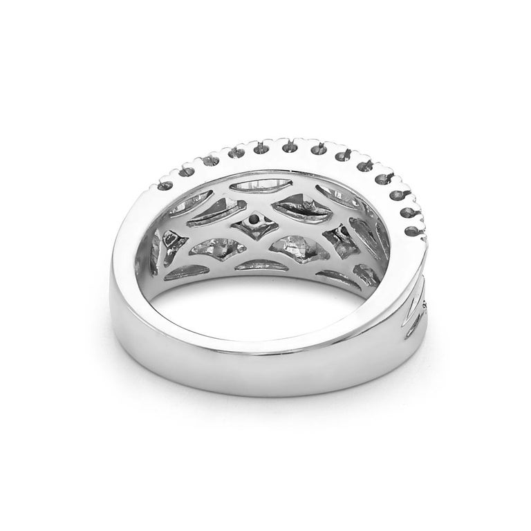 Modern 18 Karat White Gold Baguette and Round Diamond Ring For Sale
