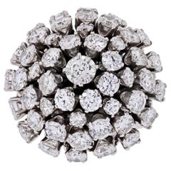 18 Karat White Gold Cluster Diamond Ring