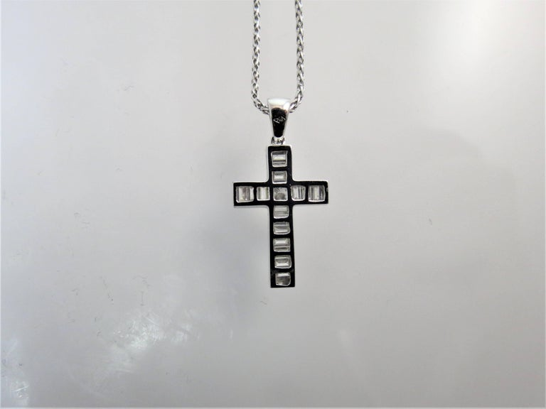 Baguette Cut 18 Karat White Gold Cross Set with Baguette and Princess Cut Diamonds on Chain For Sale