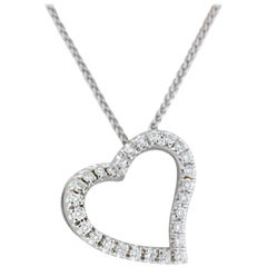 18 Karat White Gold Curved Heart Diamonds Pendant Necklace