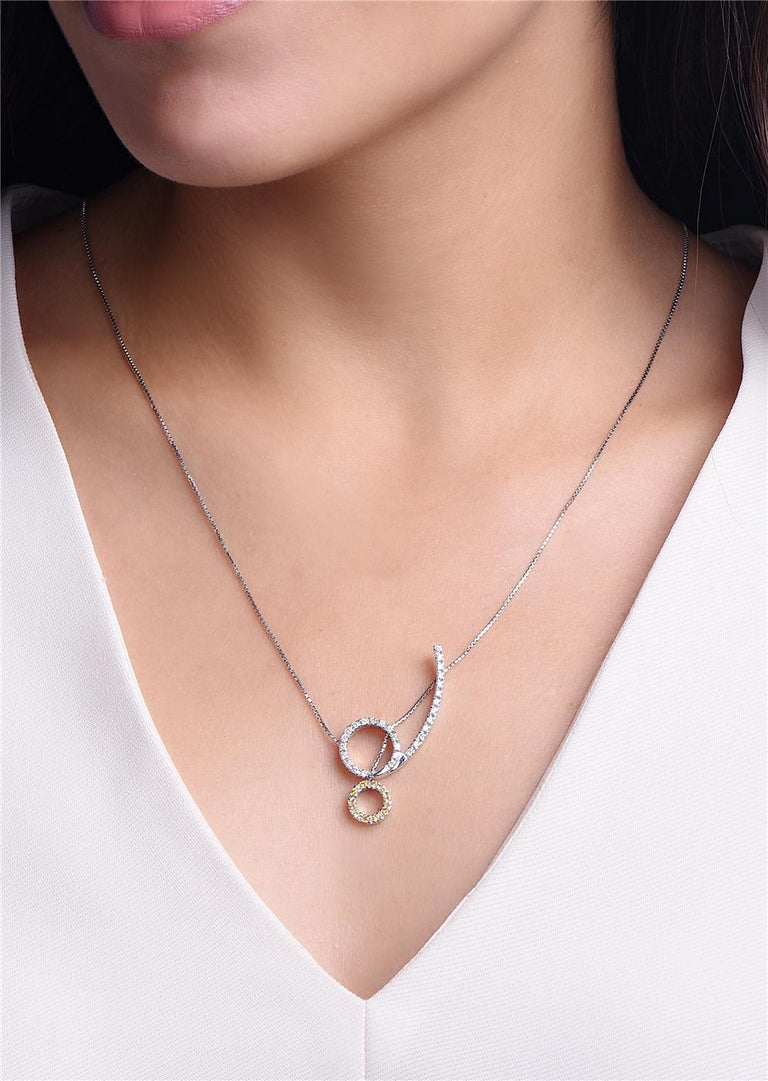 Round Cut 18 Karat White Gold Diamond and Sapphire Pendant Necklace For Sale
