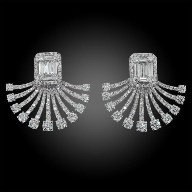 Women's Art Deco Fan Style Diamond Illusion Setting 18 Karat White Gold Earrings For Sale