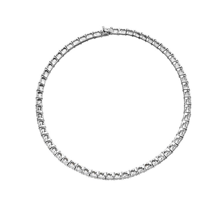 Contemporary 18 Karat White Gold Diamond Riviera Necklace For Sale
