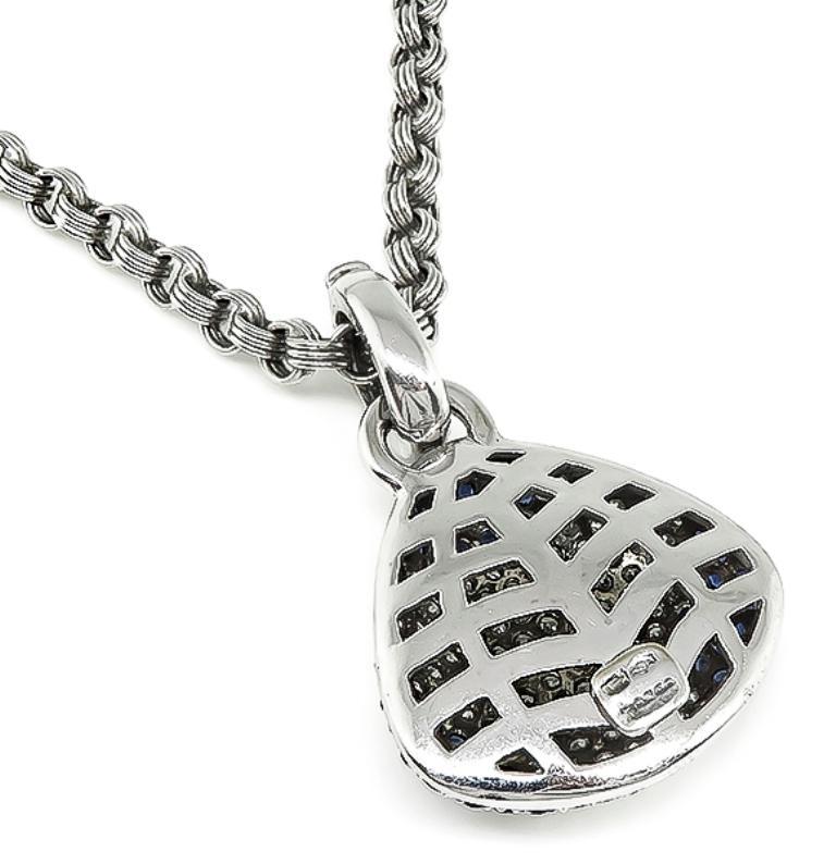 Round Cut 18 Karat White Gold Diamond Sapphire Pendant Necklace For Sale