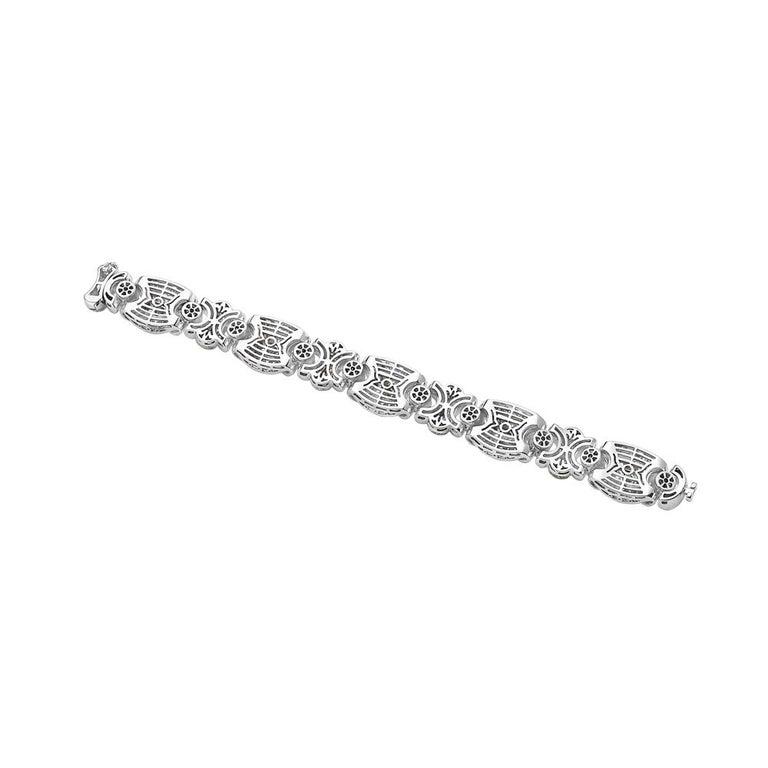Modern 18 Karat White Gold Fashion Diamond Bracelet For Sale