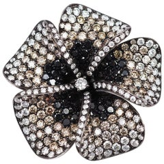 18k white gold flower Diamond Brooch