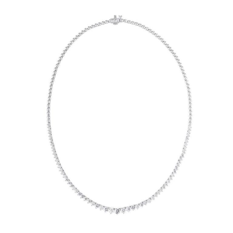18 Karat White Gold Graduated Diamond Necklace
