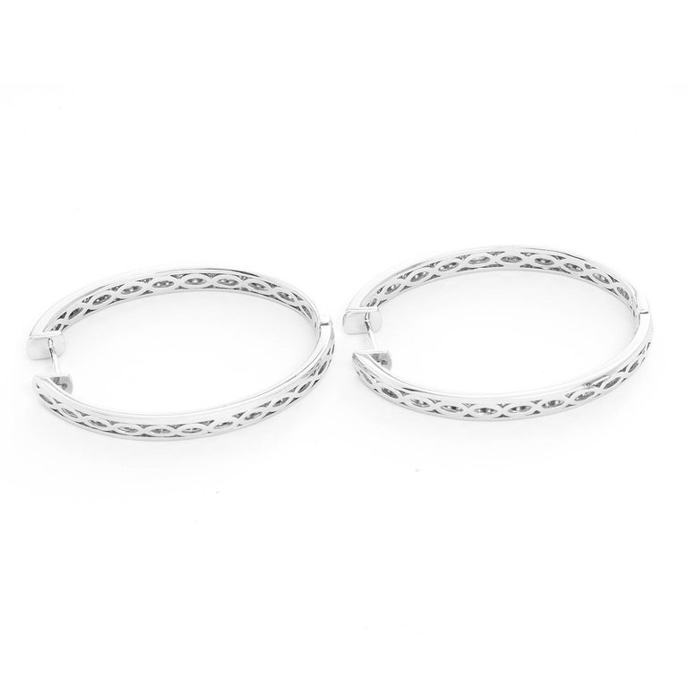 18 Karat White Gold Inside Out Pave Diamond Hoops In New Condition For Sale In Dallas, TX