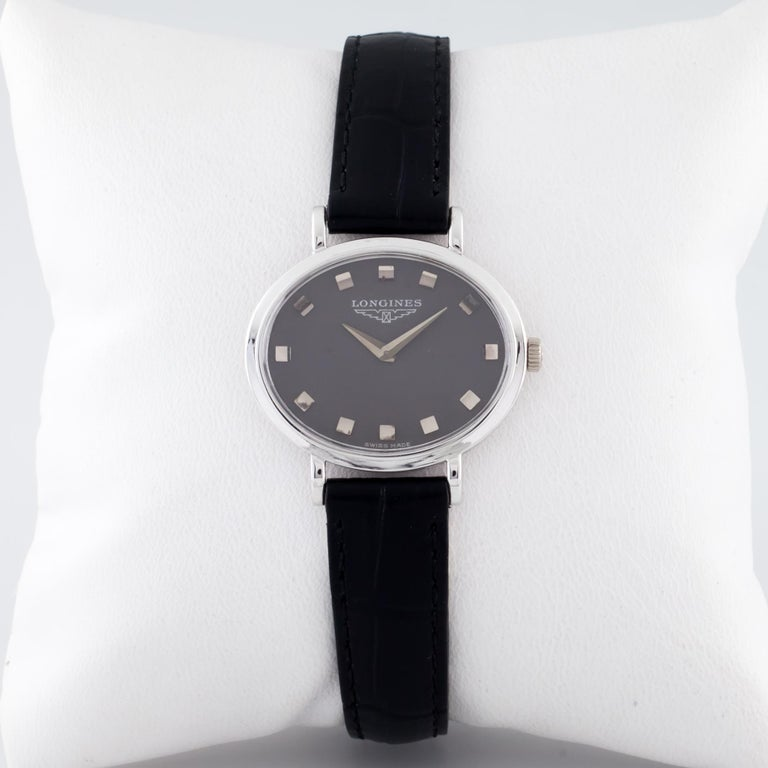 Modern 18 Karat White Gold Ladies Longines Oval Hand-Winding Watch Mov #312 For Sale