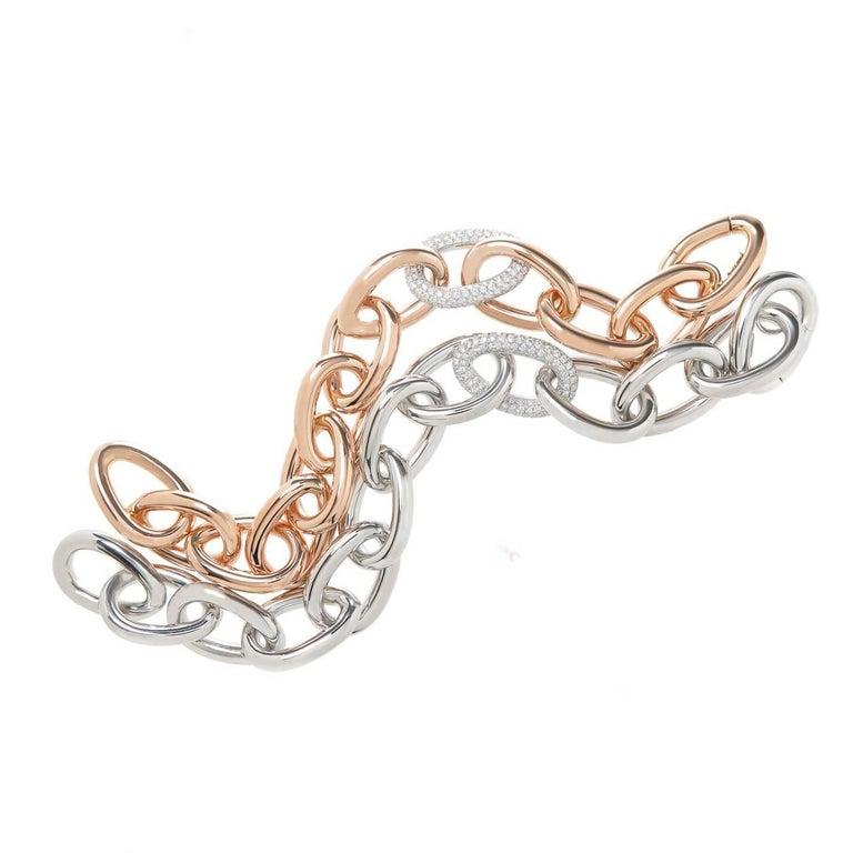 18 Karat White Gold Link Bracelet with One Diamond Center Link