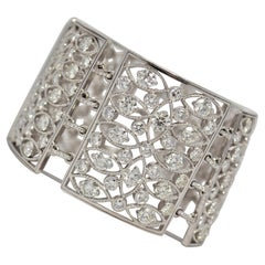 18k White Gold Link Bracelet with Round Brilliant Cut Diamonds, 29.78 Carats
