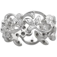 18k White Gold Lyria Leaves Diamond Band