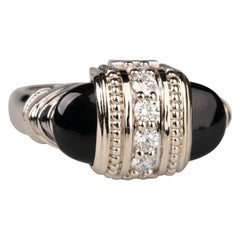 18 Karat White Gold Onyx and White Diamond Ring