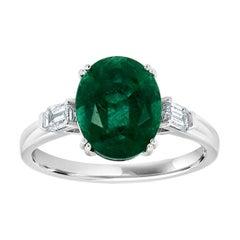 18k White Gold Oval Green Emerald Diamond Three Stone Ring 'Center 4.27 Carat'