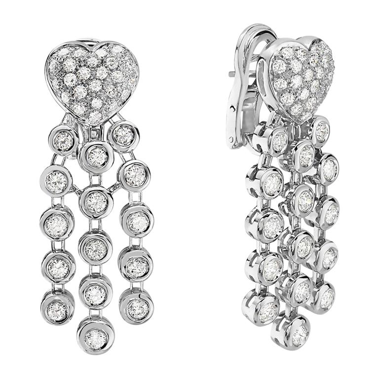 18 Karat White Gold Pave Diamond Heart Dangle Chandelier Earrings For Sale