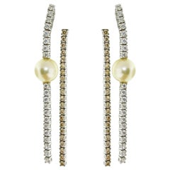 18 Karat White Gold Pearl and Diamond Dangle Drop Earrings