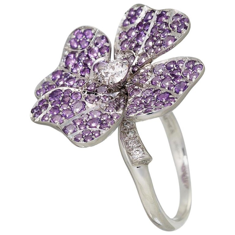 AENEA 18k White Gold Pink Sapphires White Diamonds Flower Ring For Sale 4